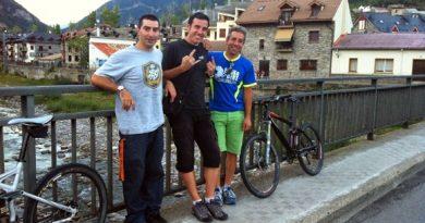 Pana, el menda y Jorge, de turismo por Biescas