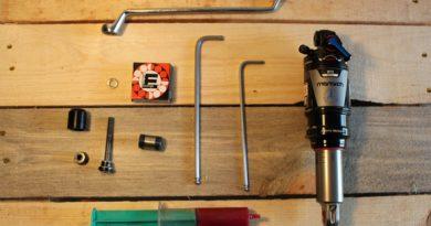 herramientas para sustituir el casquillo del amortiguador