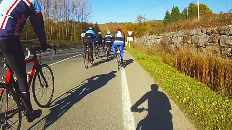 Entrenar en carretera sin bici de carretera